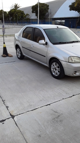 Renault Logan 2010 1.0 16v Expression Hi-flex 4p