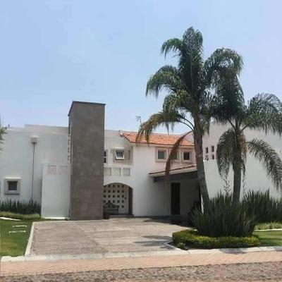 Casa Venta El Campanario Alberca 5 Recamaras 1 Departamento