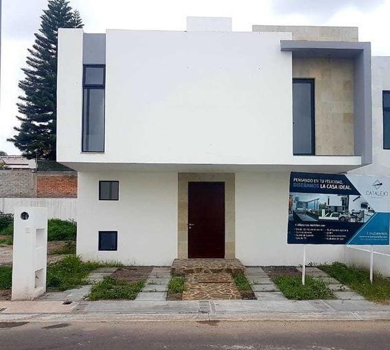 Casa En Condominio Villas El Roble, Corregidora.