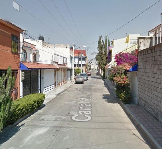La Mejor Inversion En Una Preciosa Casa En Barrio 18