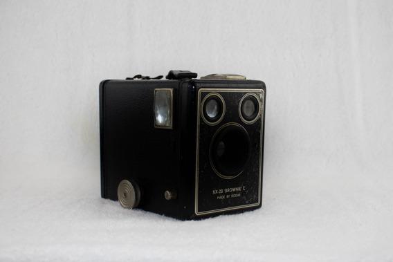 Câmera Six-20 Kodak - London