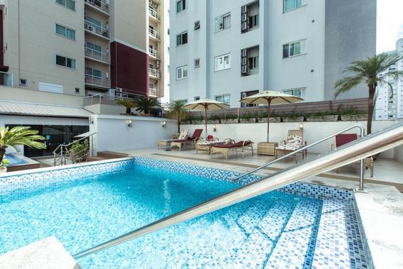 Apartamento Com 3 Quartos Para Comprar No Centro Em Balneário Camboriú/sc - 1896