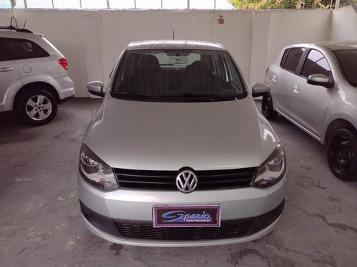 Imagem 1 de 8 de Volkswagen Fox 1.6 2013/2013.