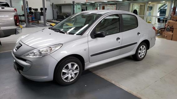 Peugeot 207 1.4 Xs Compac 4p Tandil
