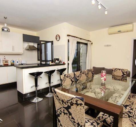 Vendo Casa Grande Ideal Para Vivir En Jacinto Vera