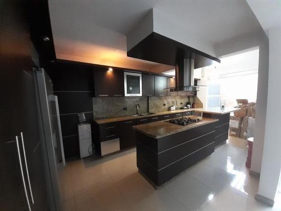 Casa En Venta Barquisimeto Ciudad Roca 20-10844 Jg