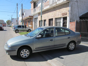 Vendo Renault Megane Tri Authentique Td 1.9