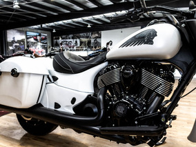Indian Springfield Dark Horse 2019; Indian Motorcycle Toluca