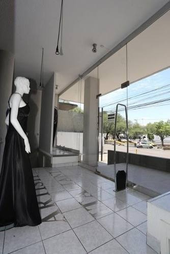 Se Renta Edificio Completo En Alamos, Con Local Comercial, Bodega Y Oficinas..
