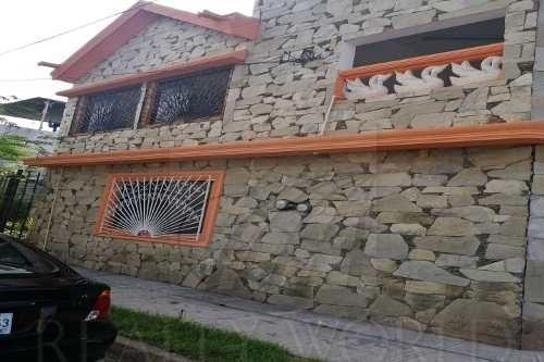 Casas En Venta En Golondrinas, Apodaca