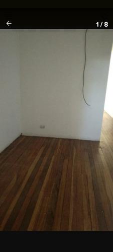 Apartamento,disponible A Fin De Mes. Pareja O Persona Sola.