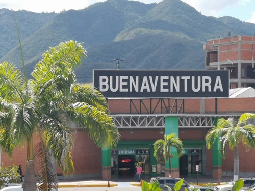 Local Comercial  En Venta En C.c. Buenaventura