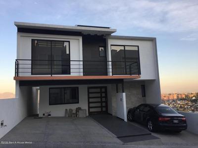 Casa En Renta En Lomas De Bellavista, Atizapan De Zaragoza, Rah-mx-20-3711