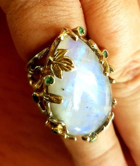 Anel Com Pedra Da Lua E Esmeraldas