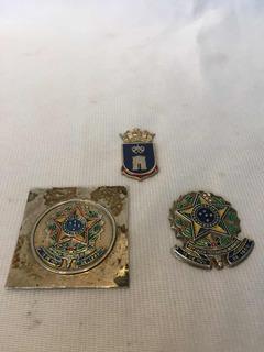 Medalhas Do Exército E Marinha Brasileiro Antigos Militar