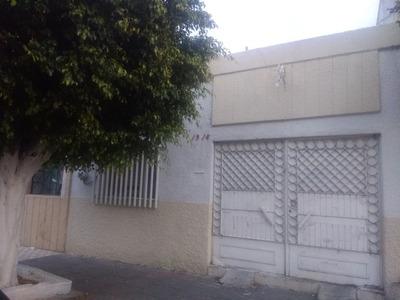 Casa De 7 Recamaras, 3 Baños, Sala, Comedor, Cocina