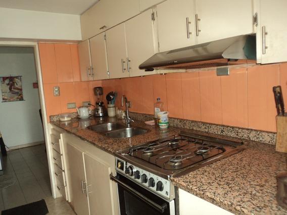 Apartamento En Venta Centro Maracay Av Bolivar 04128849102