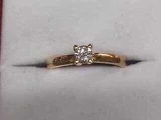 Anillo Oro Amarillo Con Diamante