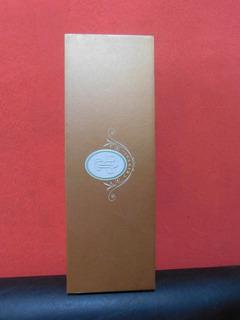 Caja De Champagne Cristal Con Cierre Imantado.