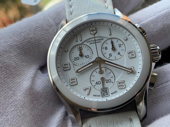 Relógio Victorinox Swiss Army Chrono Classic 241500