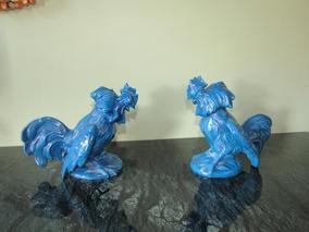 Escultura Par De Galos Em Faiança Azul Anos 1950