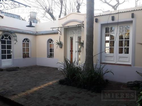 Excelente Casa Estilo Colonial En Venta En Tigre