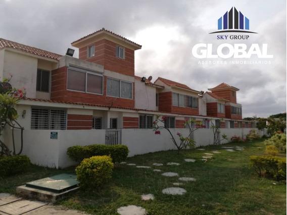 Apartamento En Tucacas, Res. Pescadores I. Lga-183
