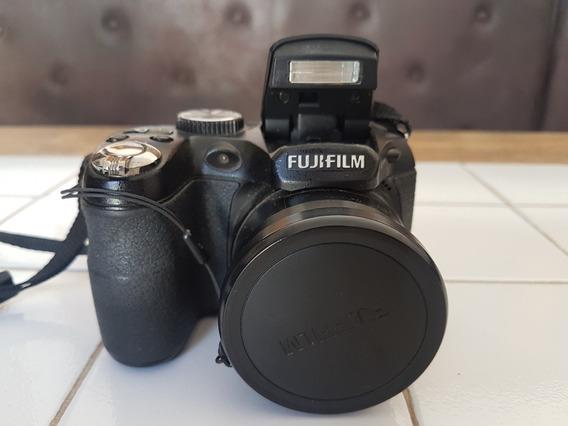 Câmera Fotográfica Digital Fujifilm Finepix S1800 + Bolsa