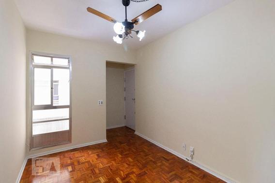 Apartamento No 3º Andar Com 2 Dormitórios E 1 Garagem - Id: 892982095 - 282095