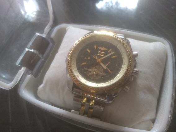 Relógio Breitling AutomáticoSemi Novo Design Executivo.