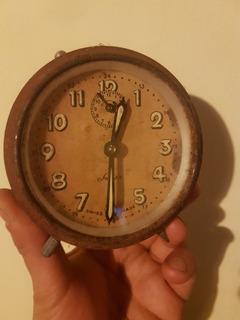 Antiguo Reloj Despertador Switana Suiza