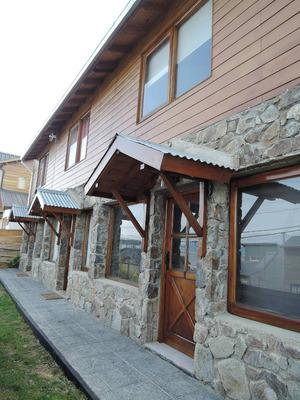 Complejo De 3 Duplexs C/ Estacionamiento En Ushuaia En Venta