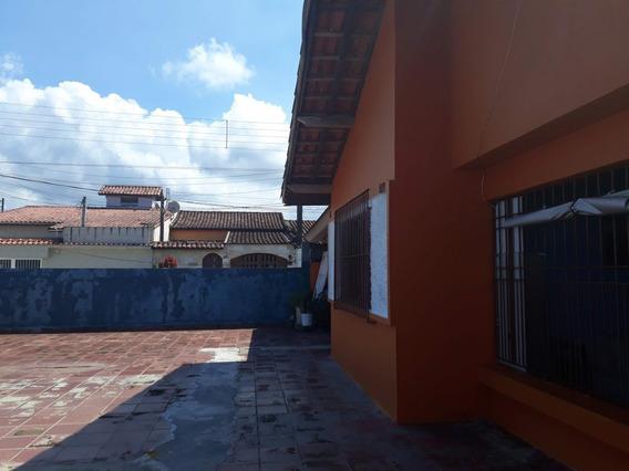 Casa A Venda No Bairro Centro Em Mongaguá - Sp. - 256-1