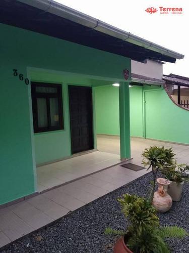 Casa Contendo 3 Dormitórios - Bairro Passo Manso - Blumenau/sc - Ca0174