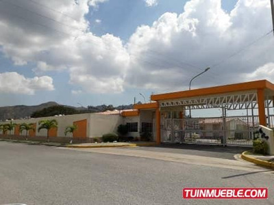 Q1082 Consolitex Vende Casa Villas Del Campo 04144117734
