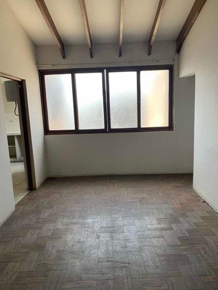 Departamento 2 Dorm Av. Ayacucho/ P/vea Telf.- 997228911