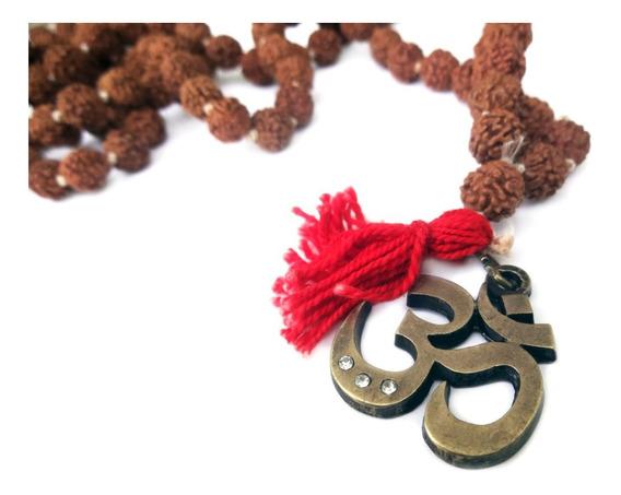 Colar Japamala 108 Contas Mantra Rudraksha Om