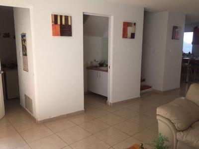 Casa En Condominio En Santa Fe Juriquilla!