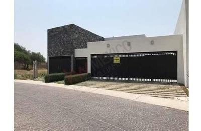Casa En Venta Club De Golf Alquerias, Pozos, Slp, Casa Con Alberca, 6 Recamaras.