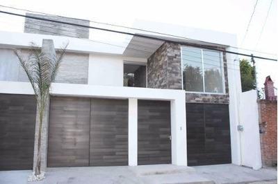 Casa En Renta En Fracc. San Martinito, Frente A La Vista