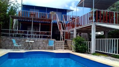 2 Casas + 3 Dptos + Pileta Y Cochera