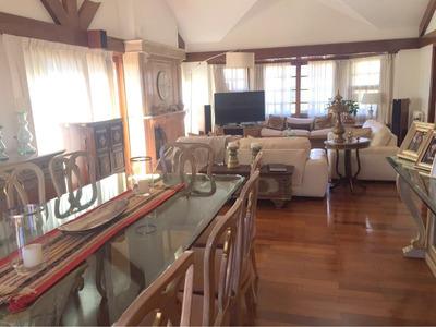 Casa Venta / Alquiler - Carrasco 3 Dormitorios, Piscina