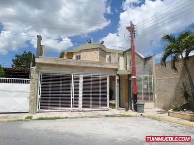 Townhouses En Venta Maracay Villas Ingenio Ii 19-2692 Ejc