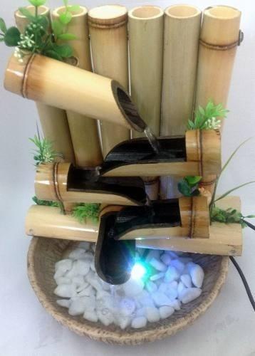 Imagem 1 de 4 de Fonte Agua Cascata Bambu 5 Quedas C/ Ilum. De Leds