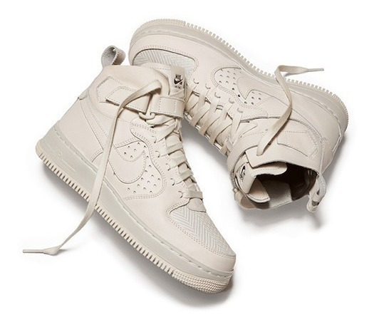 Tênis Nike Air Force 1 High Cmft Tc Sp Feminino.
