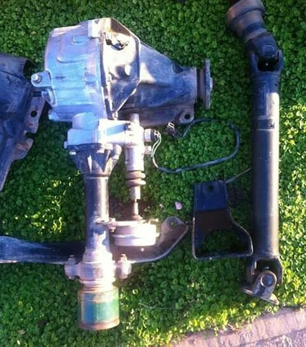 Transmision Delantera Con Cardan  De Mazda Bt50 4x4 (23o)