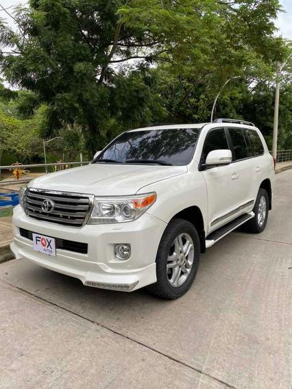 Toyota Land Cruiser 200 Gxr