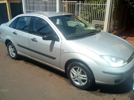 Ford Focus Sedan 1.6 2004