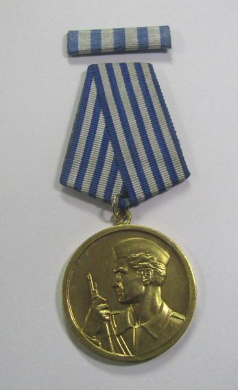 Yugoslavia 1945 Medalla Y Pasador Orden Al Valor 2 Guerra M