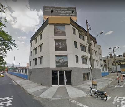Edificio En Venta En El Sector De Industriales